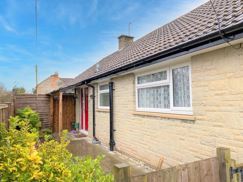 2 bed bungalow for sale in Westport, Langport  - Property Image 2