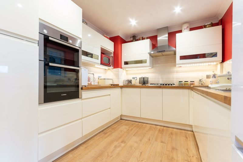 2 bed bungalow for sale in Westport, Langport  - Property Image 7