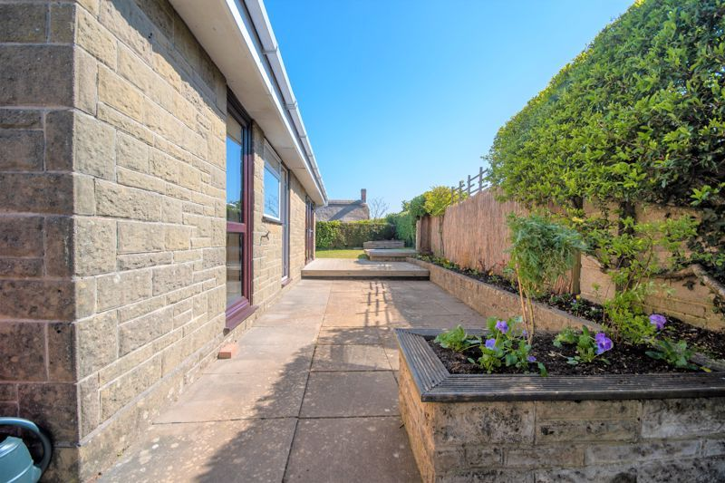2 bed bungalow for sale in Yetminster  - Property Image 14