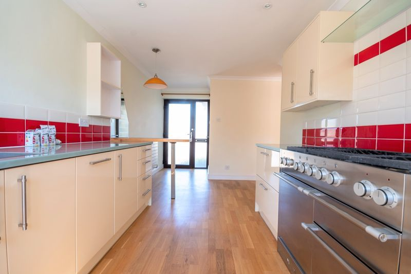 2 bed bungalow for sale in Yetminster  - Property Image 10