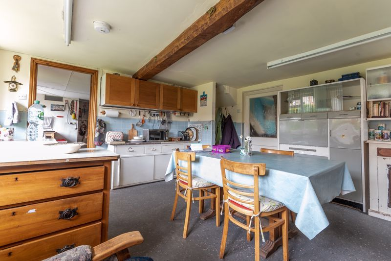 4 bed house for sale in Kingsbury Episcopi  - Property Image 14