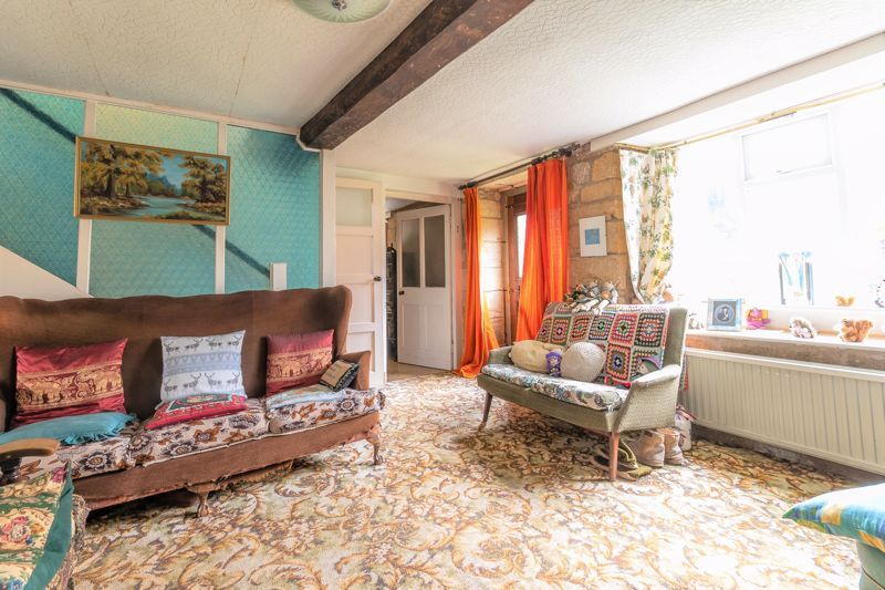 4 bed house for sale in Kingsbury Episcopi  - Property Image 3