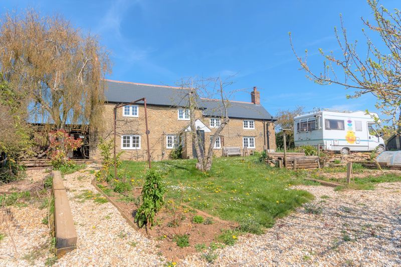 3 bed house for sale in Staffords Green, Corton Denham  - Property Image 2