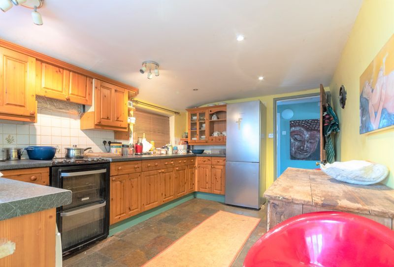 3 bed house for sale in Staffords Green, Corton Denham  - Property Image 13