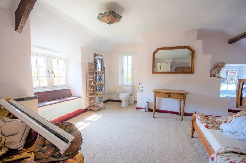 3 bed house for sale in Staffords Green, Corton Denham  - Property Image 16
