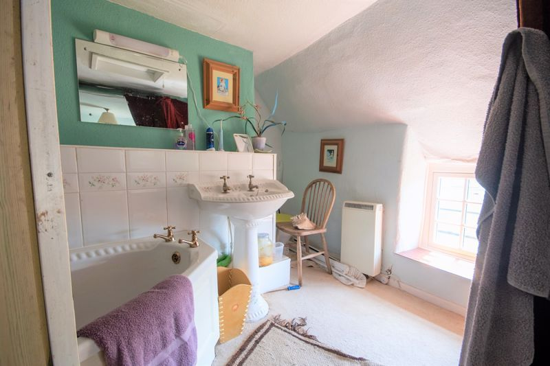 3 bed house for sale in Staffords Green, Corton Denham  - Property Image 17