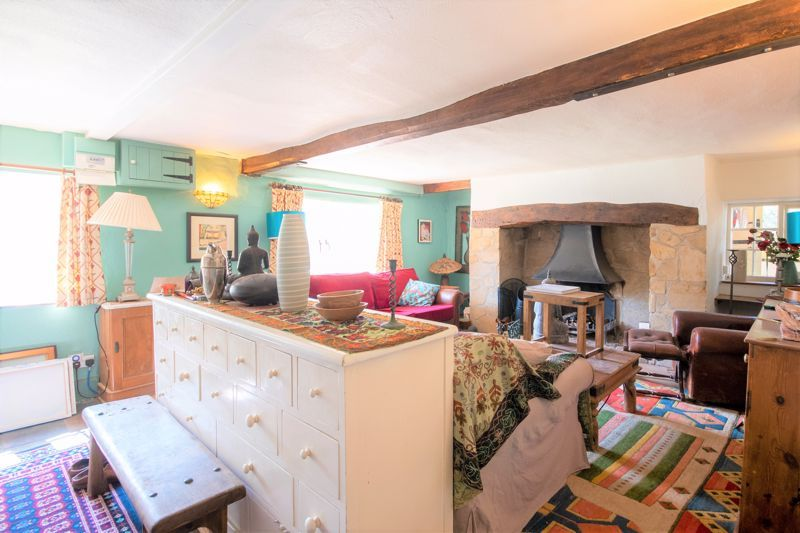 3 bed house for sale in Staffords Green, Corton Denham  - Property Image 3