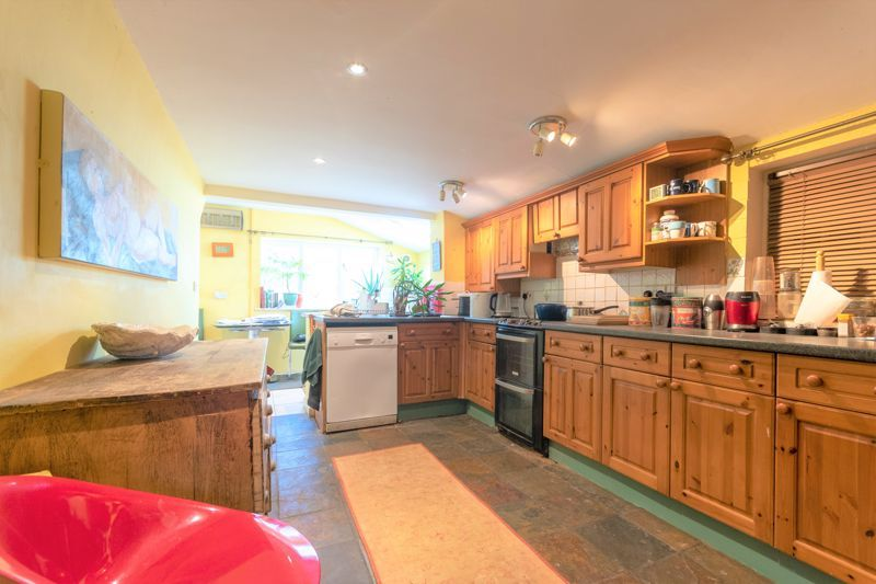 3 bed house for sale in Staffords Green, Corton Denham  - Property Image 4