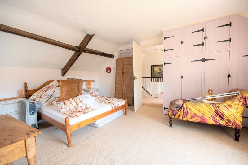 3 bed house for sale in Staffords Green, Corton Denham  - Property Image 7