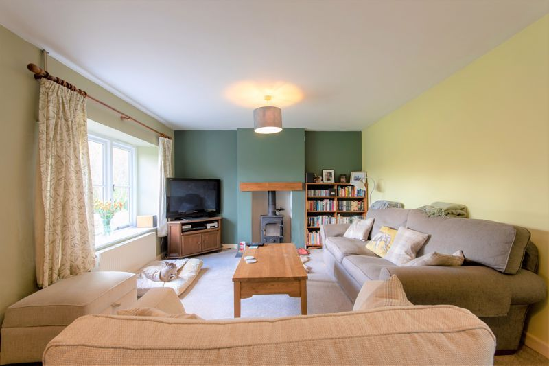 3 bed house for sale in Broadway, Ilminster  - Property Image 2