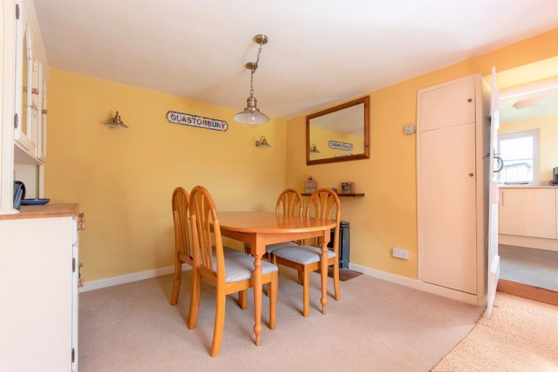 3 bed house for sale in Broadway, Ilminster  - Property Image 3