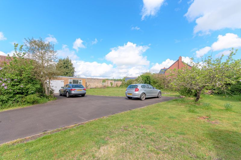 3 bed house for sale in Broadway, Ilminster  - Property Image 10