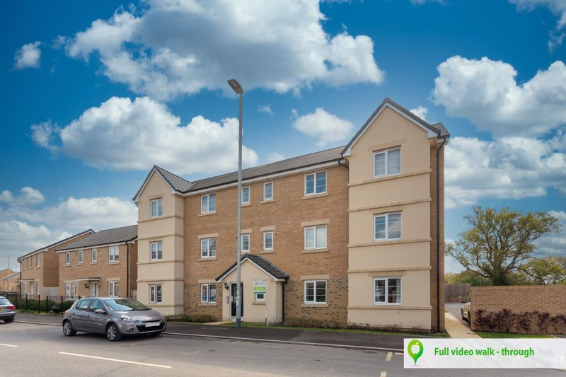 2 bed flat for sale in Montacute Road, Yeovil, BA22