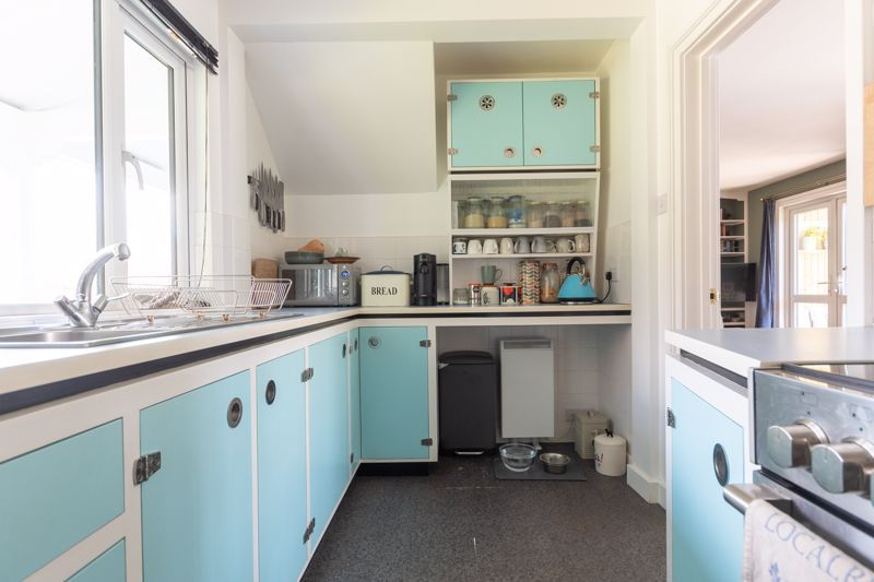 3 bed house for sale in Over Stratton, South Petherton  - Property Image 15
