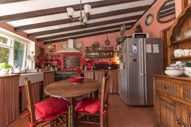 4 bed house for sale in South Petherton  - Property Image 11
