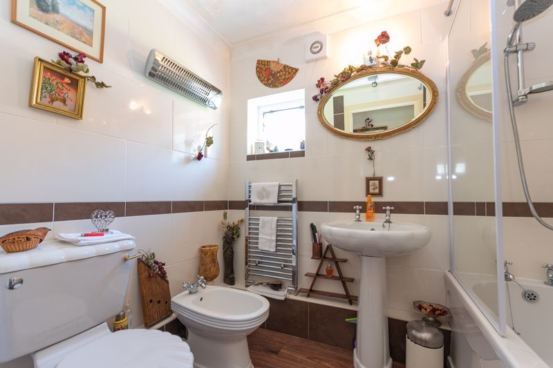 4 bed house for sale in South Petherton  - Property Image 9