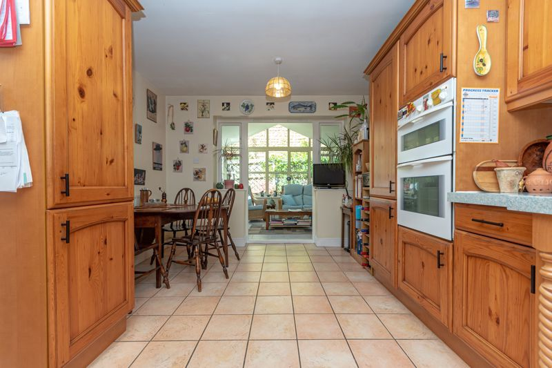 3 bed house for sale in Stoke-Sub-Hamdon  - Property Image 11