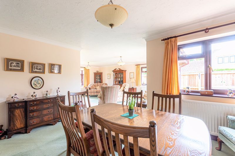 3 bed bungalow for sale in South Petherton  - Property Image 11
