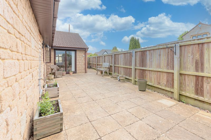 3 bed bungalow for sale in South Petherton  - Property Image 8