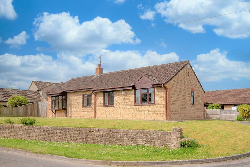 3 bed bungalow for sale in South Petherton  - Property Image 9