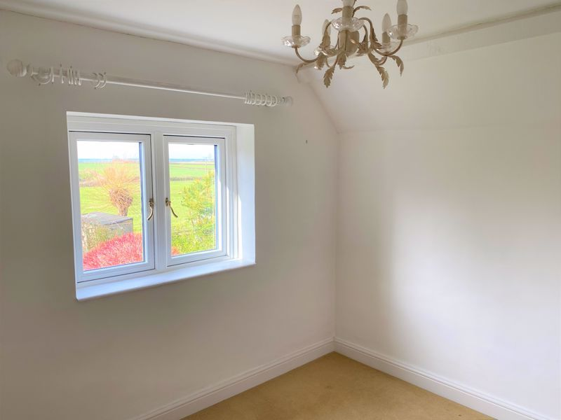2 bed cottage for sale in Milton, Martock  - Property Image 6
