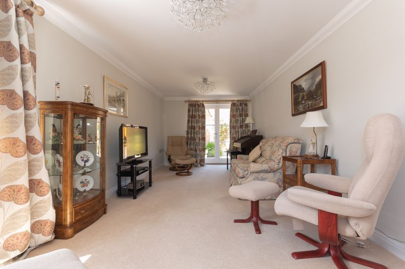 3 bed house for sale in Chapel Field, South Petherton  - Property Image 2