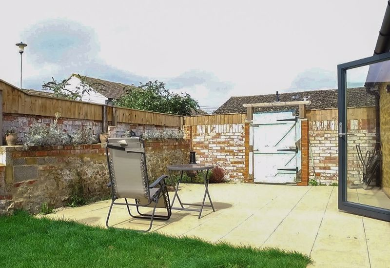 1 bed bungalow to rent in South Petherton  - Property Image 12