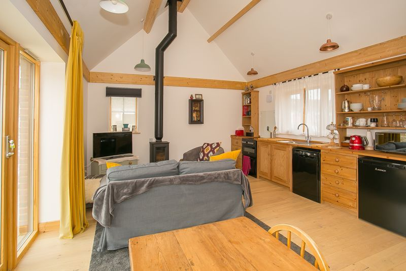 1 bed bungalow to rent in South Petherton  - Property Image 3