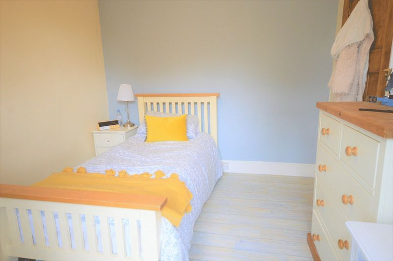 4 bed house for sale in Wraxhill Road, Yeovil  - Property Image 13