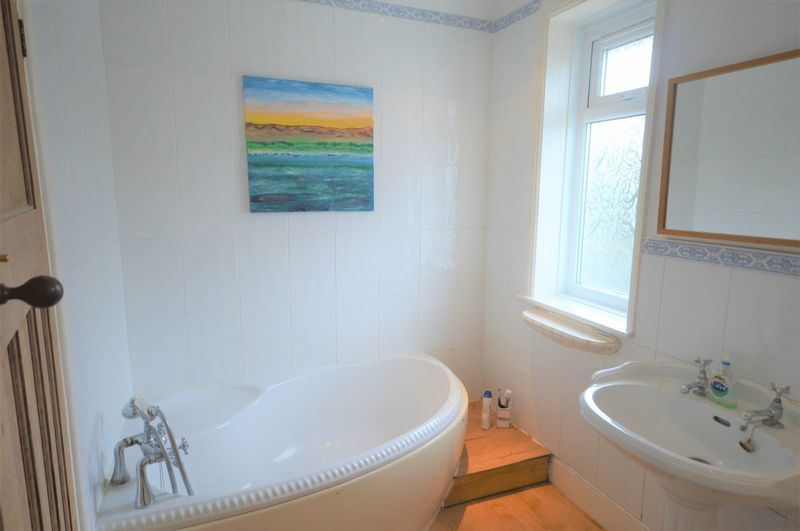 4 bed house for sale in Wraxhill Road, Yeovil  - Property Image 15
