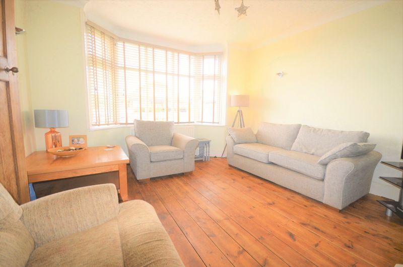 4 bed house for sale in Wraxhill Road, Yeovil  - Property Image 3