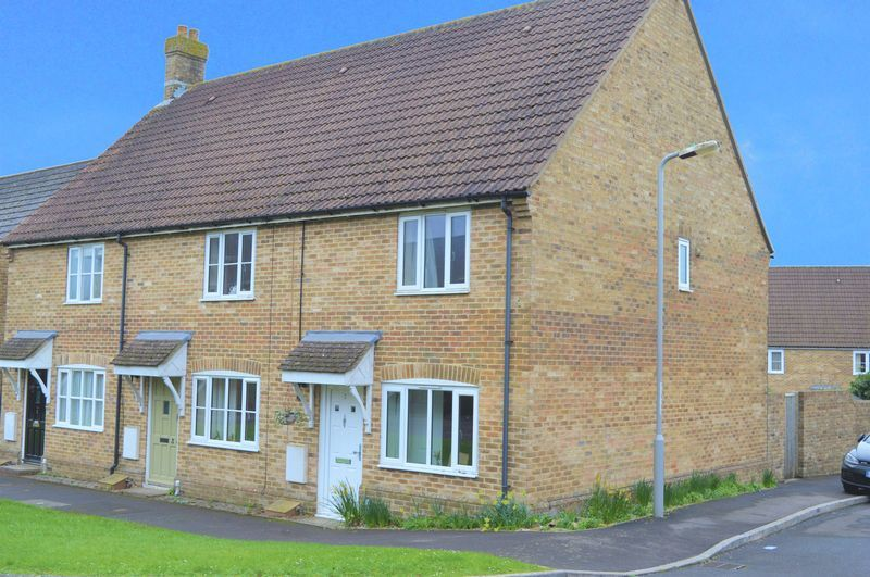 2 bed house to rent in Sherborne