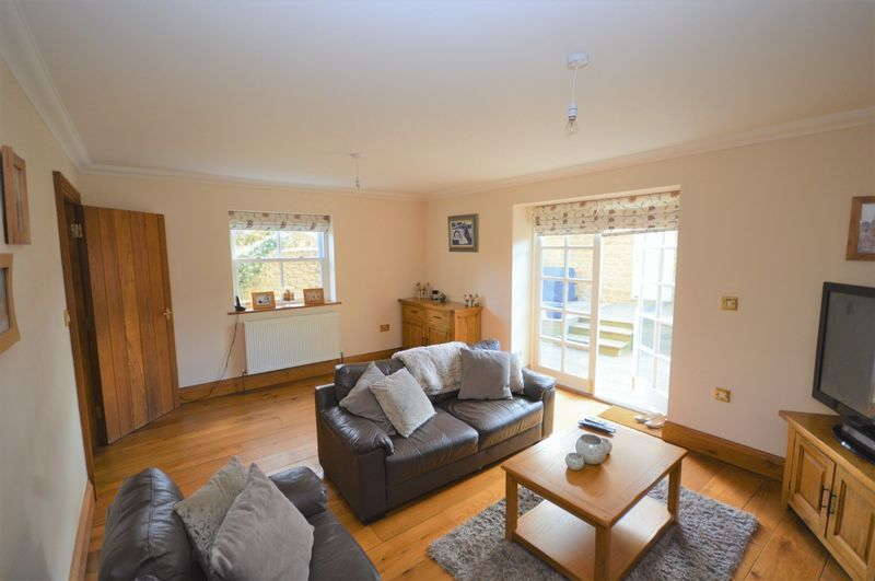 3 bed house to rent in Stoke-Sub-Hamdon  - Property Image 3