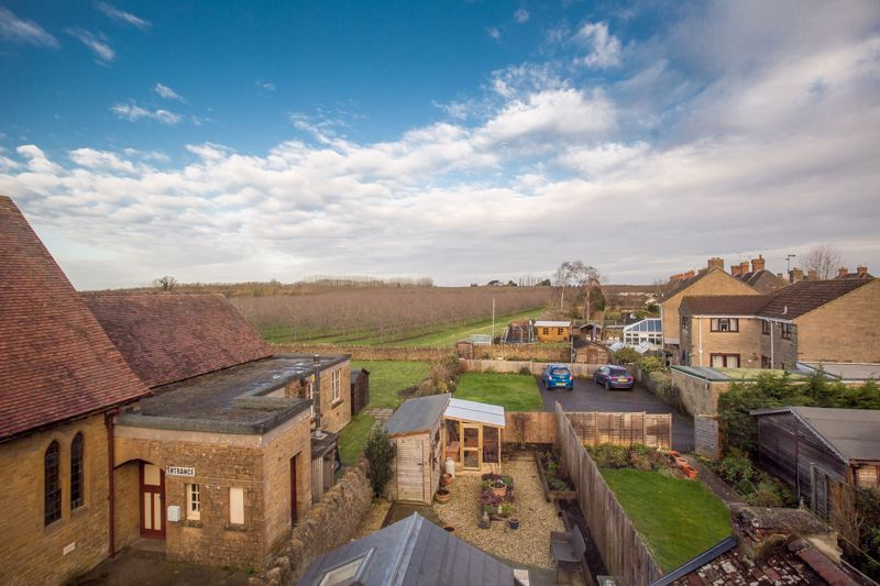 3 bed house for sale in Stoke-Sub-Hamdon, Somerset  - Property Image 2