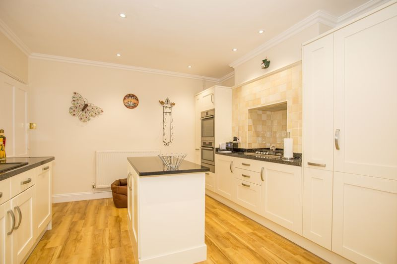 3 bed house for sale in Stoke-Sub-Hamdon, Somerset  - Property Image 13