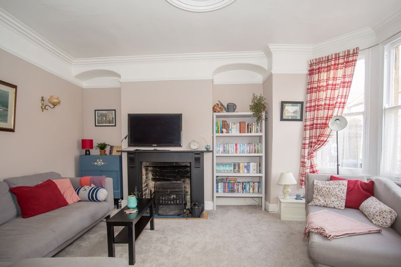 4 bed house for sale in Martock, Somerset  - Property Image 2