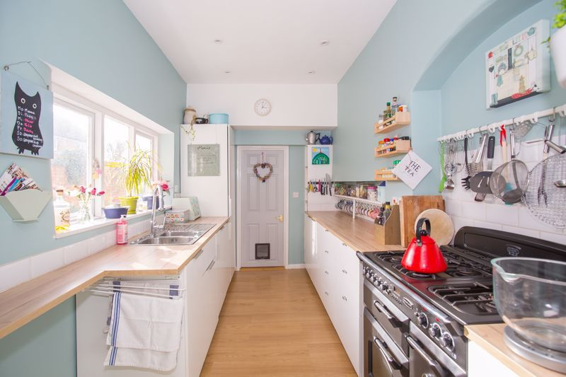 4 bed house for sale in Martock, Somerset  - Property Image 12
