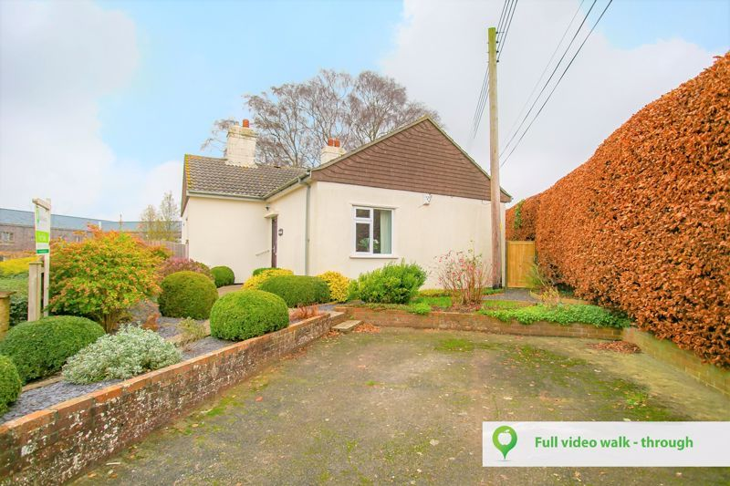 3 bed bungalow for sale in South Petherton, TA13