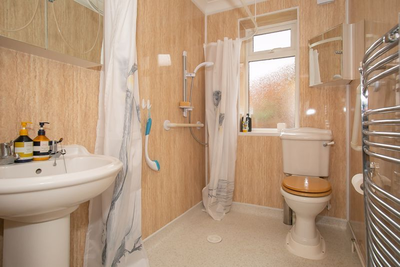 3 bed bungalow for sale in South Petherton  - Property Image 14