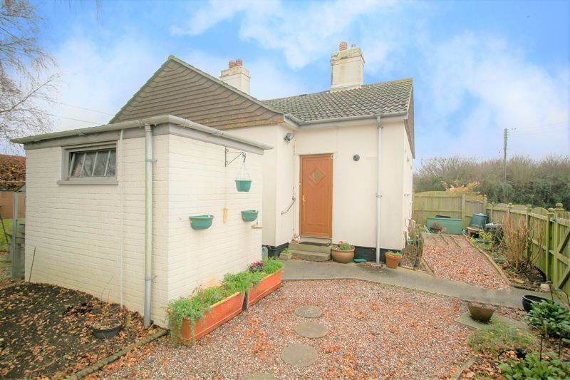 3 bed bungalow for sale in South Petherton  - Property Image 15
