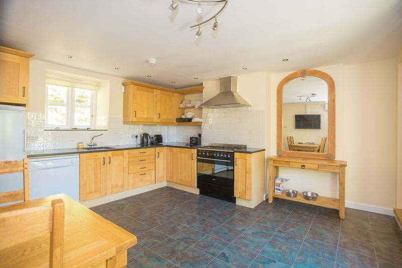 3 bed cottage for sale in Lower Chillington, Ilminster  - Property Image 4