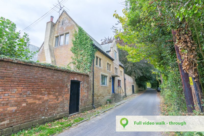 3 bed house for sale in Merriott  - Property Image 1