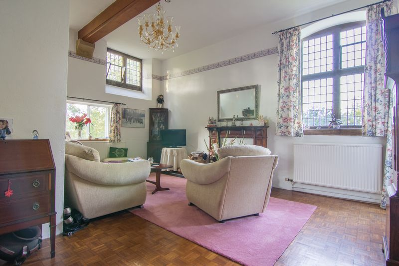 3 bed house for sale in Merriott  - Property Image 4
