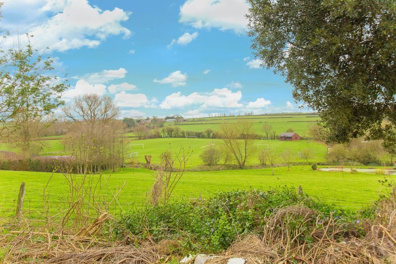 2 bed house for sale in Middle Chinnock  - Property Image 2