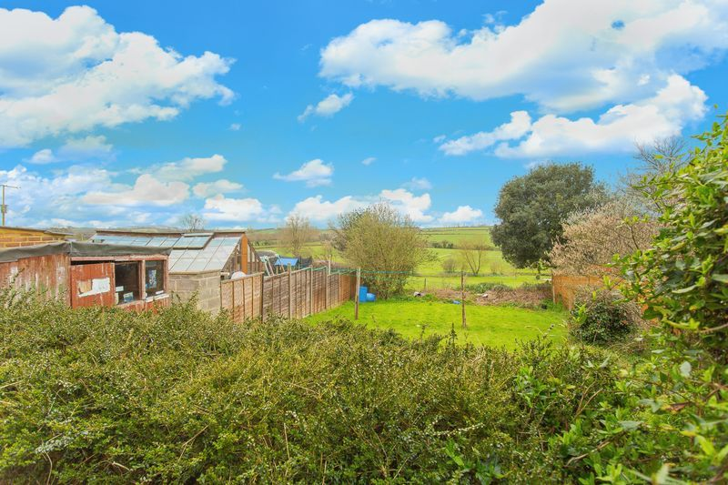 2 bed house for sale in Middle Chinnock  - Property Image 8