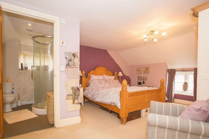 3 bed cottage for sale in West Coker, Yeovil  - Property Image 6