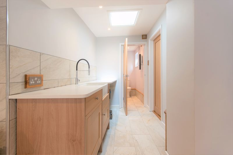 2 bed cottage for sale in Chiselborough  - Property Image 12