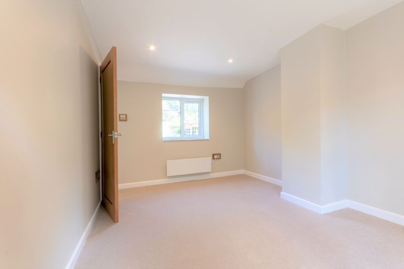 2 bed cottage for sale in Chiselborough  - Property Image 6