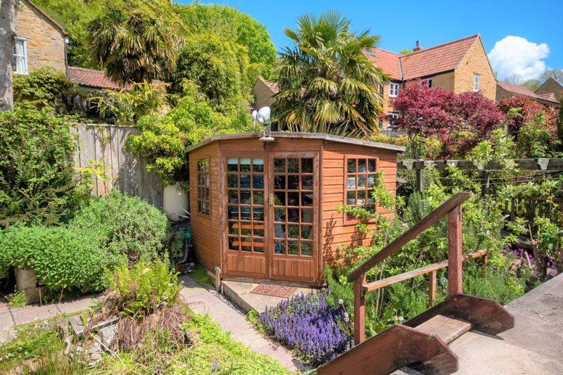 2 bed cottage for sale in Chiselborough  - Property Image 8