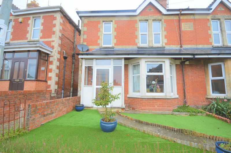 3 bed house for sale in Yeovil  - Property Image 1